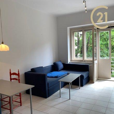 Pronájem pokoje 24 m2 s balkonem, Praha 4 - Nusle