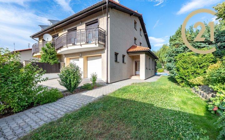 Pronájem, Rodinné domy, 250m² - Praha 9- Kyje