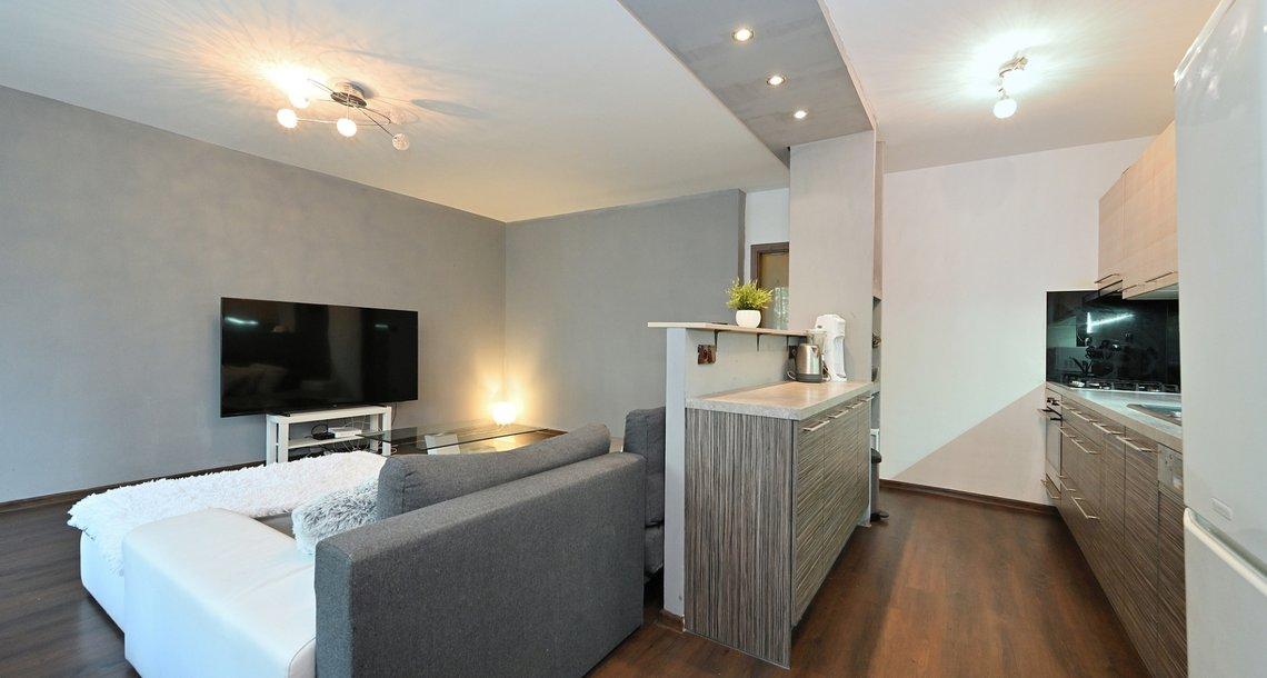 kuchyň obývací pokoj