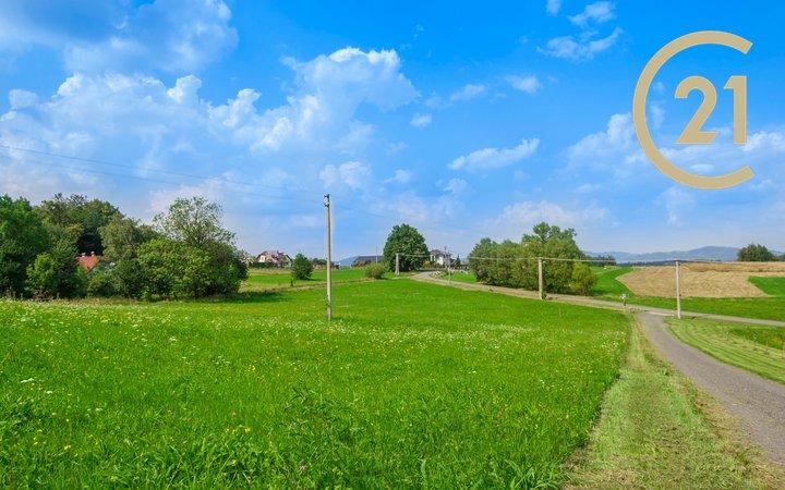 Prodej stavební parcely s novou vodovodní přípojkou, 1110m2, Frenštát p.R.