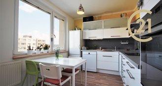Pronájem bytu 2+1 se šatnou a lodžií, ul. Teyschlova, Brno-Bystrc