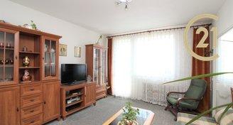Prodej zrekonstruovaného bytu 1+1 s velkou prosklenou lodžií