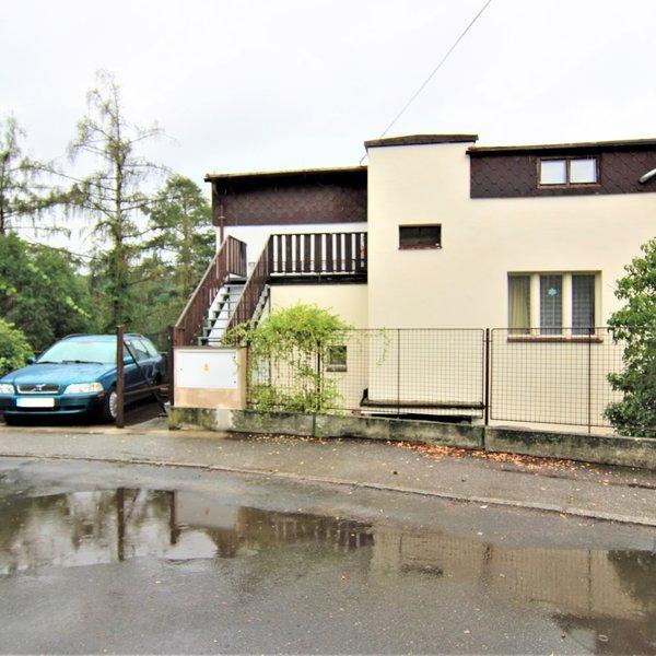 Prodej 1/2 RD, pozemek 1676 m², Praha 4 – Hodkovičky