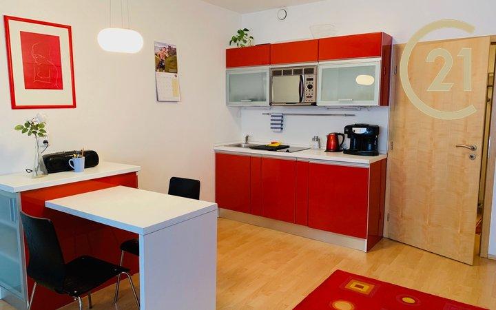 Pronájem, Byty 1+kk, 36m² - Brno - Štýřice s parkovacím stáním