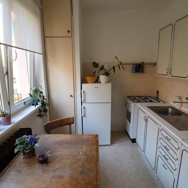Pronájem bytu 1+1 s balkonem, Ruská, Vršovice