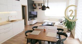 Pronájem bytu 3+kk / 88 m2 s balkónem a garážovým stáním v novostavbě