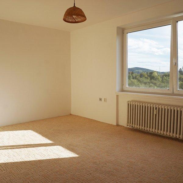Pronájem bytu 2+1 s balkonem, 54m² - Svitávka