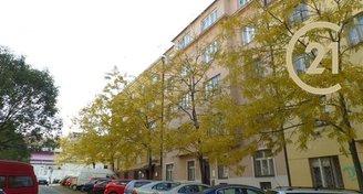 Pronájem kanceláří 40m2, přízemí, Praha 5 Smíchov