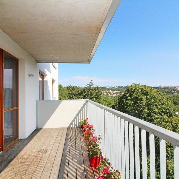 Pronájem krásného bytu 4+kk s terasou, 2 garáž,  120 m², Praha 5 Košíře