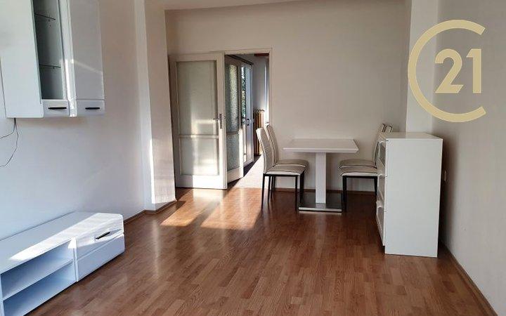 Pronájem  bytu 2+1, 53m² - Praha 9 - Čakovice