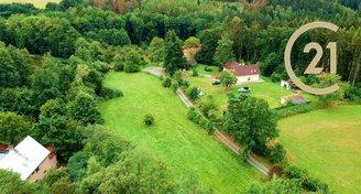 Nabízíme hezký pozemek o výměře 3 072m2 v katastru Třemblat, obec Ondřejov