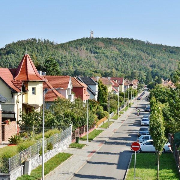 Prodej pěkného bytu 2+1 58 m² - se zahrádkou - Tišnov, ul. Drbalova