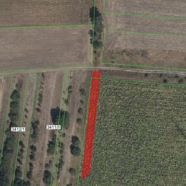 Prodej zemědělských pozemků 18 120 m², k.ú. Měnín okres Brno-venkov