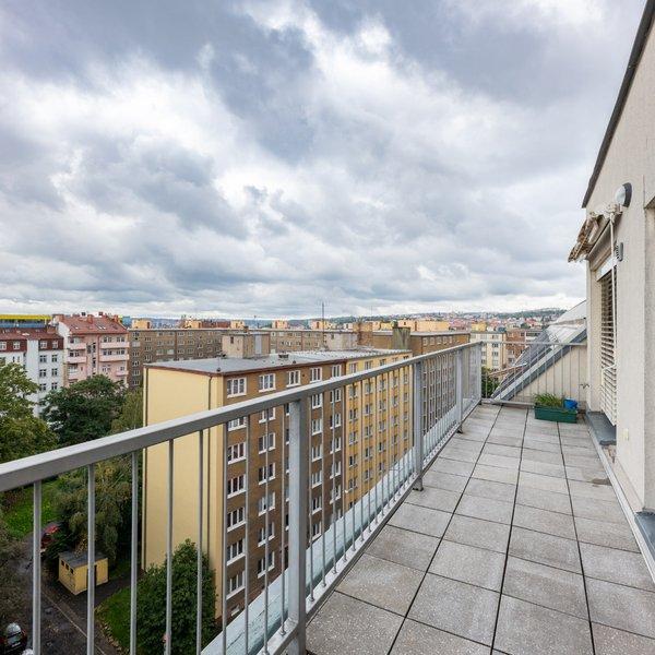 novostavba 3+kk, 94m2+/2T (17m2), GS, Praha - Libeň, výhled, vlak/metro/TRAM, park