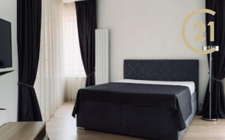 Pronájem bytu 1+kk  s terasou Krakovská
