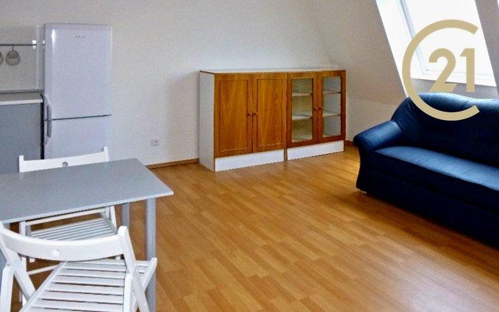 Pronájem bytu, 1+kk/GS, 27m2, Praha 9, Kyje, Lipnická ul.