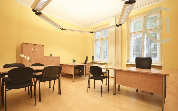 Pronájem kanceláře Erbenova, Brno - Černá Pole