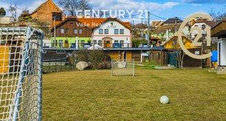 Prodej penzionu s pozemkem 1900 m2, Dobšice