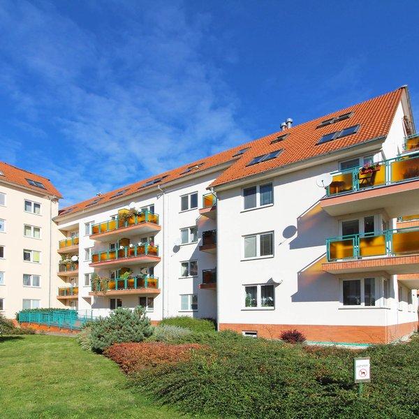 Pronájem hezkého bytu 1+kk, 43 m2, Praha - Suchdol (Lysolaje)
