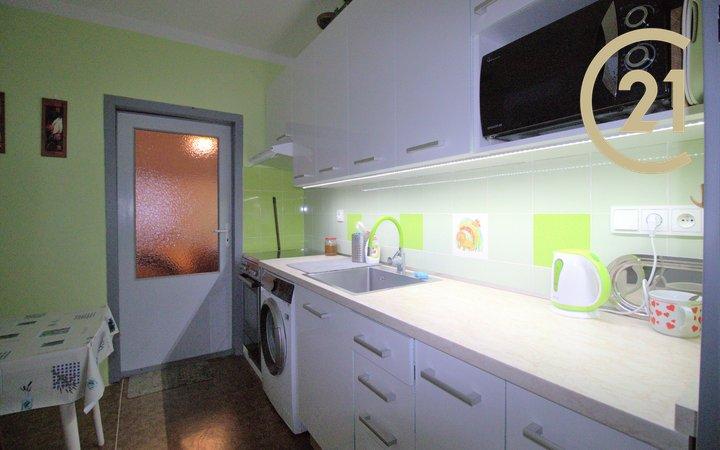 Prodej bytu 3+1 s lodžií / NJ - Loučka