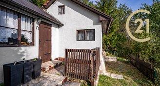 Prodej chaty na vlastním pozemku 408m2 v obci Kaliště