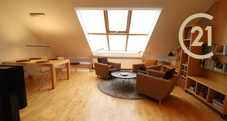 Pronájem bytu 3+kk, 104 m² + terasa, Praha - Vinohrady