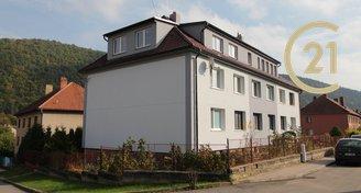 Prodej bytu 3+1 v OV s garáží,  k celkové rekonstrukci