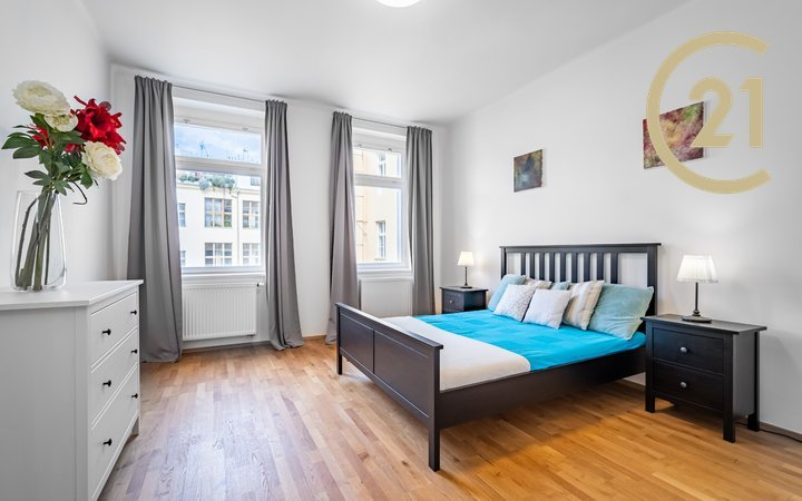 Krásný velký byt 3+1, 119m² po rekonstrukci na Vinohradské tř.