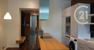Pronájem moderního bytu 2+kk, Vršovice