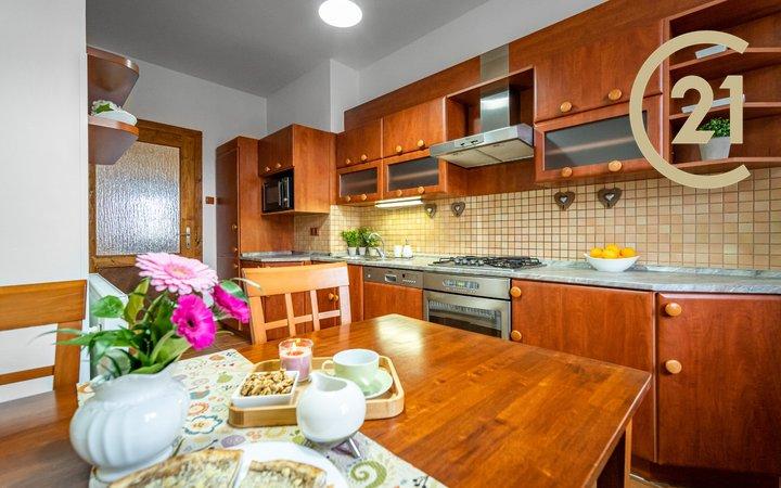 Prodej bytu 2+1 68 m² v atraktivní lokalitě Znojma, ul. Fischerova