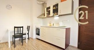 Zařízený pěkný byt 1+kk, 36 m2 v centru Brna, ul. Křenova 12