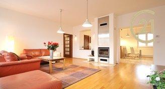 K pronájmu slunný, moderní, prostorný 4+1, 114 m2, ul. Skryjova, Brno