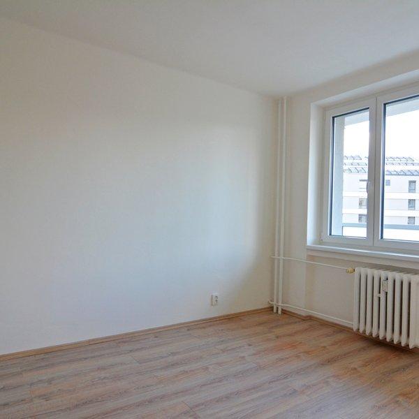 nabízí, pronájem, byty 4+1/B, 88m2, Kloboučnická, Praha - Nusle