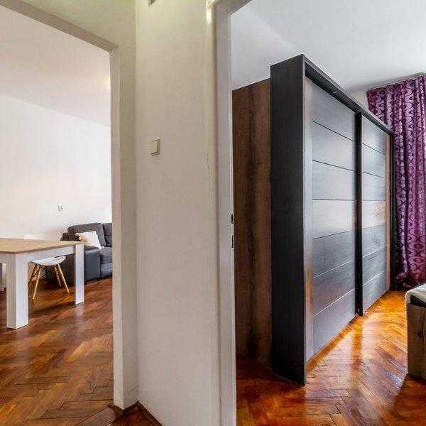 Pronájem Bytu 3+1, 76m² + mnoho úložných prostorů - Praha 4- Podolí
