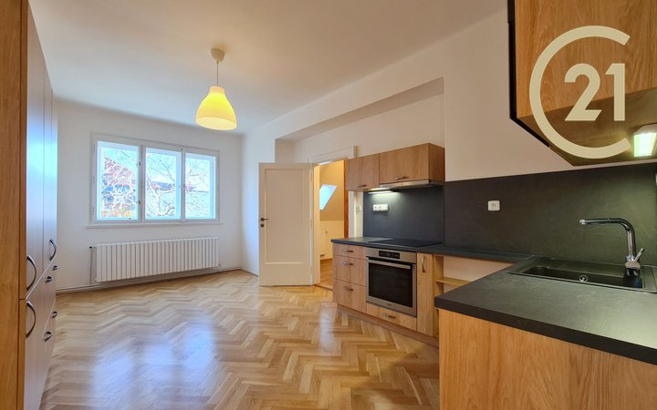 Pronájem bytu, 4+1, 135 m2, Praha 6 - Střešovice