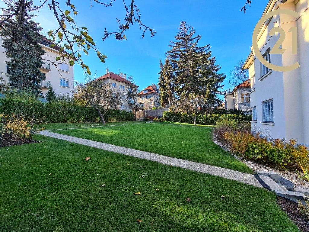 Pronájem bytu, 4+1, 135,54 m2, Praha 6 -