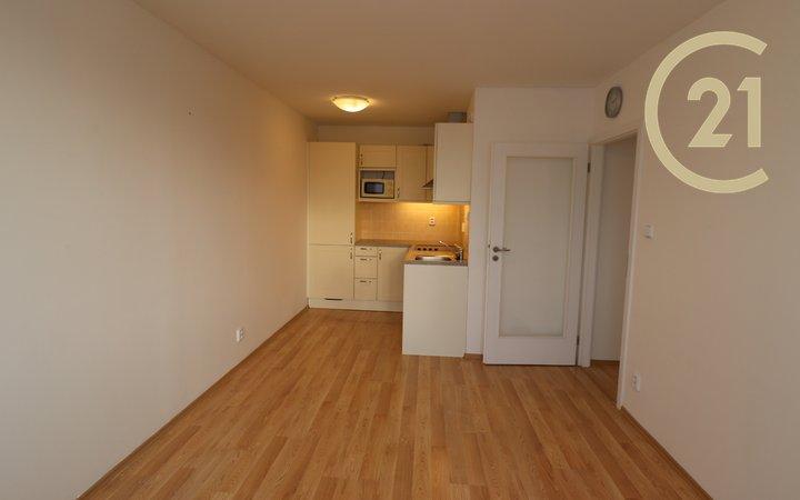Pronájem bytu 2+kk u metra Budějovická