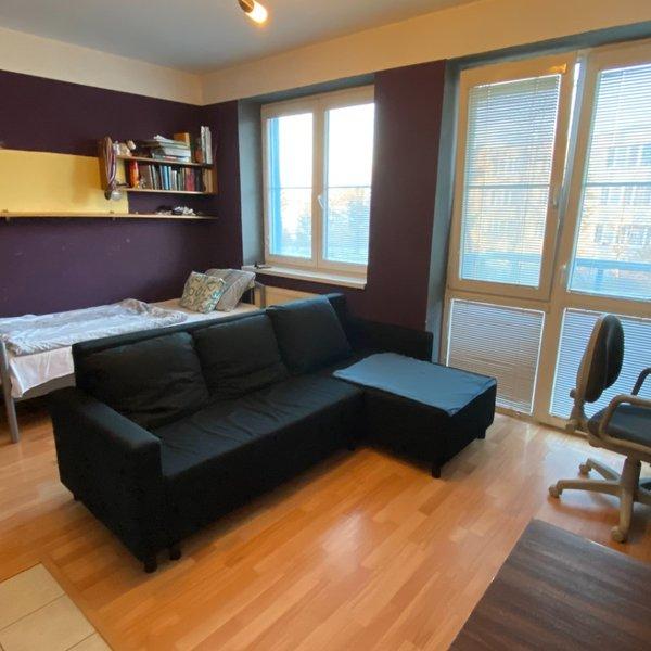 Pronájem bytu 1+kk s balkónem, 26m² - Modletice
