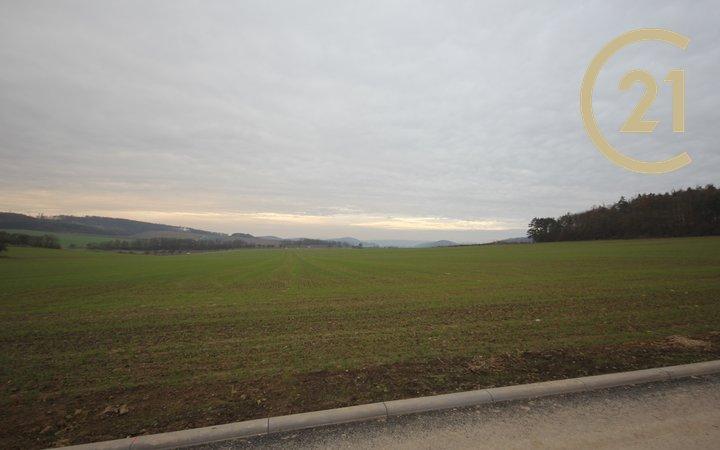 Pozemek v obci Jinačovice, Brno - venkov