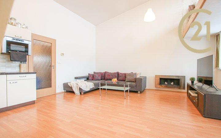 Prodej loftového bytu 1+kk, 60 m2, ul. Moutnická