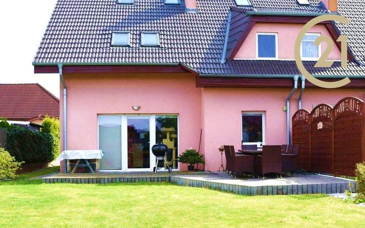 Prodej, rodinné domy, 6+kk, 166m2, Babice, Praha-východ