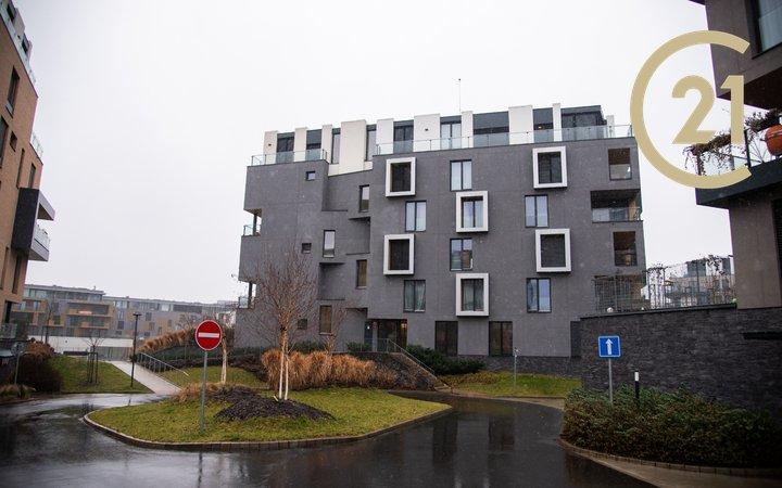 Pronájem luxusního bytu 3+KK,Libeň