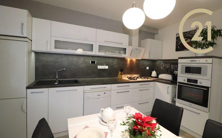 Prodej bytu 3+1/zasklená lodžie na ul. J.Maluchy, Ostrava