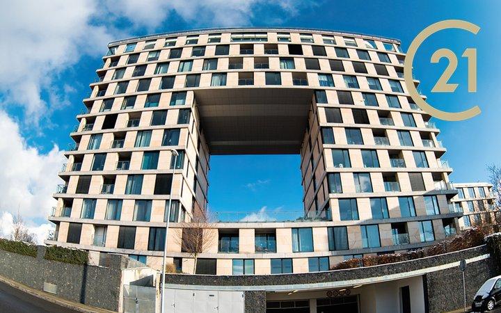 Pronájem luxusního bytu, 2+kk, 69m² - Praha - Nusle