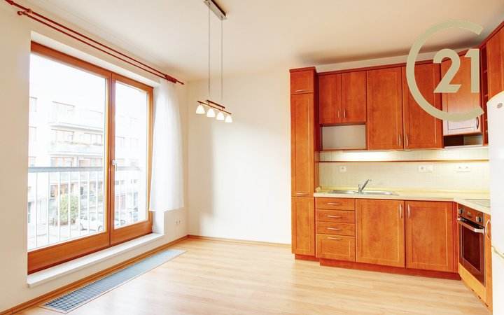 Pronájem 2+kk, 52m², balkon, lodžie - Praha 5 - Zbraslav