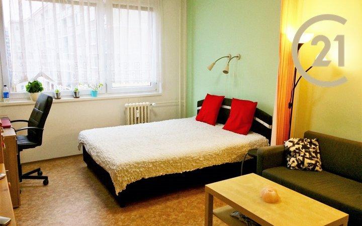 Pronájem bytu 1+kk, 32m², Hlubočepy