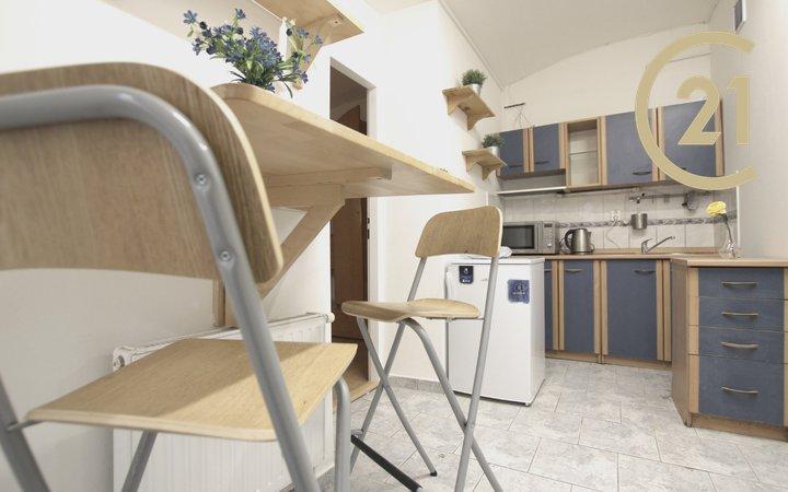 Pronájem bytu 2+1, 46 m² - Brno - Zábrdovice