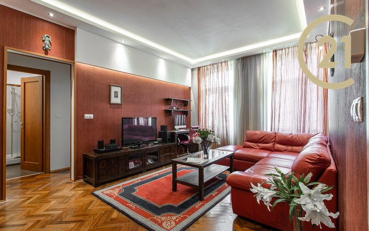 Prodej bytu 2+1 v ulici Máchova, Praha - Vinohrady