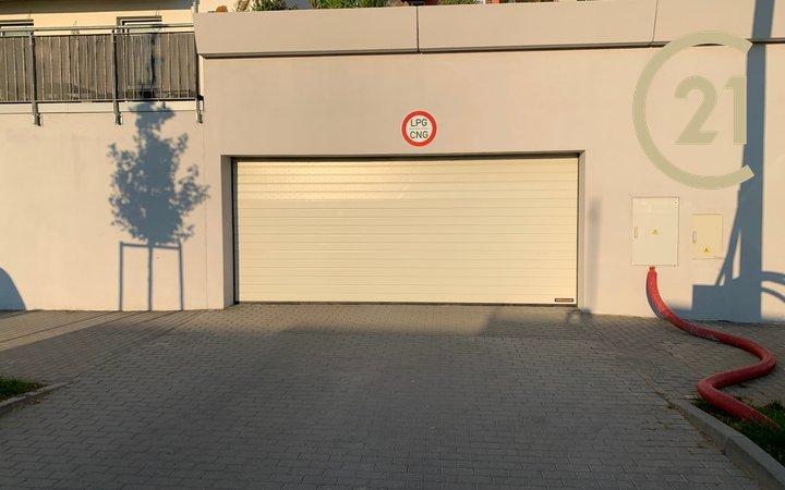Pronájem parkovacího stání Brno Kamechy