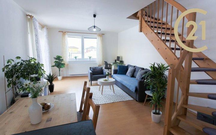 Prodej mezonetového bytu 3+kk (76 m2), zahrada (206 m2), 2xPS, Chotětov – Hřivno (MB)
